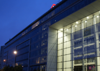 Location d'un onduleur MGE UPS Galaxy 300 kVA