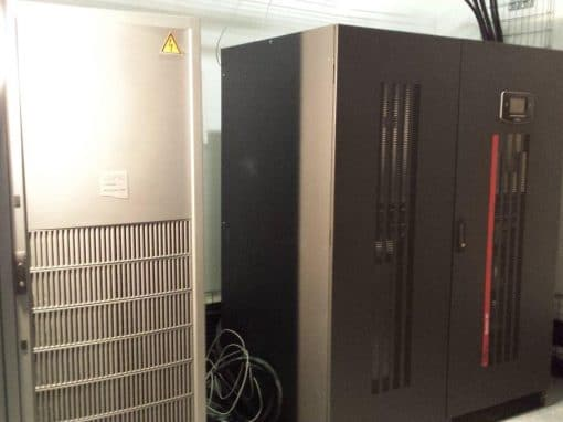 Remplacement d'un onduleur par un RIELLO Master UPS 300 Kva – Groupe VINCI